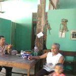 Jalin Sinergi Bhabinkamtibmas Kelurahan Songgokerto Polsek Batu Silaturahmi Kepada Tokoh Masyarakat