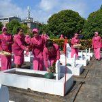 Peringati HKGB Yang Ke-66, Bhayangkari Cabang Kota Batu Melaksanakan Tabur Bunga Di Taman Makam Pahlawan Suropati Kota Batu