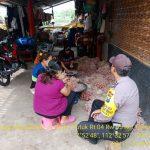 Bhabin Polsek Batu Kota Polres Batu Menyampaikan Pesan Kamtibmas Sambang Warga Masyarakat