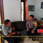 Bhabinkamtibmas Silaturahmi dan Sambang Warga, Bhabinkamtibmas Sambang Tokoh Masyarakat Kelurahan Temas Polsek Batu Kota Polres Batu Sampaikan Pesan Kamtibmas