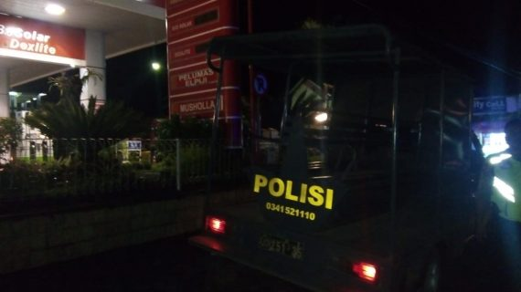 Polsek Junrejo Polres Batu Melaksanakan Giatkan Patroli Malam Jaga Kamtibmas Agar Tetap Aman