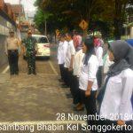 Bhabinkamtibmas Kelurahan Songgokerto Polsek Batu Polres Batu melaksakan Giat Apel Bersama 3 Pilar Untuk Menjaga Sinergitas