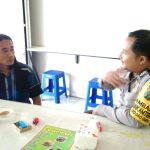 Patroli Sambang Masyarakat Bhabinkamtibmas Polsek Batu Kota Polres Batu Sampaikan Pesan Kamtibmas Untuk Menjaga Wilayah Binaanya