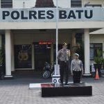 Kapolres Batu AKBP Budi Hermanto, S.H, S.I.K, M.Si pimpin apel lengkap anggota Polres Batu