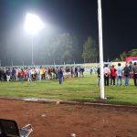 Guna Mencegah Terjadinya gangguan Kamtibmas, Anggota Polres Batu Melaksanakan Pengamanan Giat Sepak bola di Stadion Brantas Kota Batu