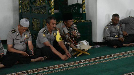 Kabag Sumda ajak seluruh anggota Polres Batu tingkatkan ketaqwaan terhadap Allah SWT melalui kegiatan Binrohtal