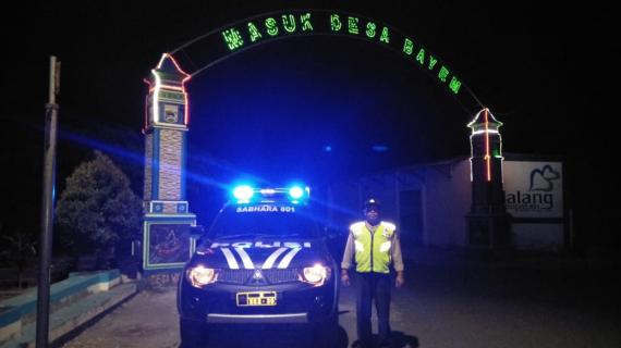Anggota Polsek Bumiaji Polres Batu Jaga Situasi Malam Hari
