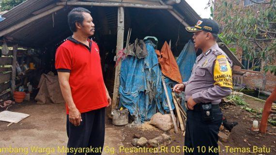 Door To Door System Rumah Warga Bhabin Kelurahan Temas Polsek Batu Polres Batu Titipkan Pesan Kamtibmas