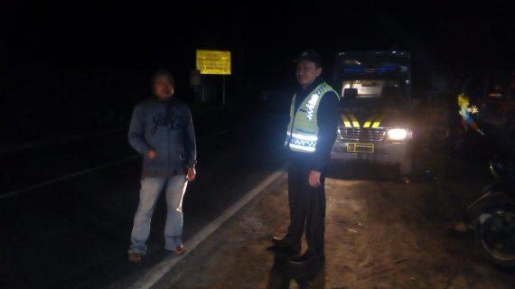 Jaga Situasi Kondusif Di Malam Hari, Polsek Pujon Polres Batu Tingkatkan Patroli Malam