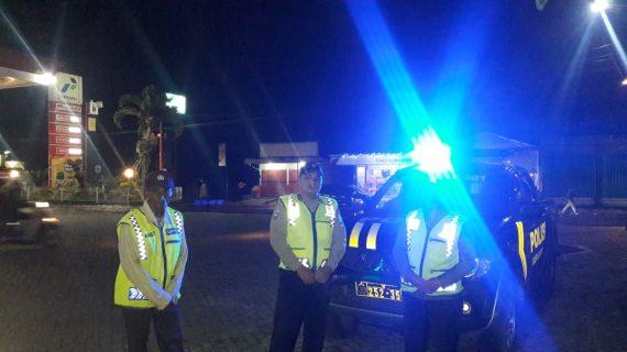 Anggota Polsek Junrejo Polres Batu Giatkan Patroli Malam Berikan Keamanan Wilayah