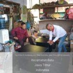 Anggota Bhabinkamtibmas Silaturahmi Warga, Bangun Sinergi Dengan Tokoh Pemuda Bhabinkamtibmas Desa Sumberejo Polsek Batu Kota Polres Batu
