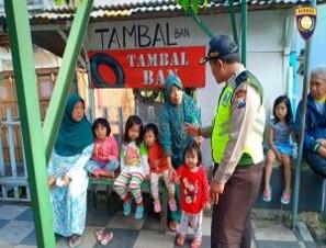 Kegiatan Silaturahmi dan DDS, Sambang Warga Bhabinkamtibmas Desa Sidomulyo Polsek Batu Kota Polres Batu Tingkatkan Pengawasan Kepada Anak