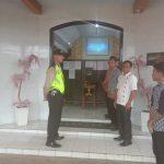 Anggota Polsek Kasembon Polres Batu Laksanakan Giat Pengamanan Tempat Ibadah