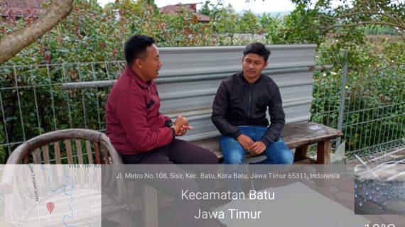 Anggota Bhabinkamtibmas kel Sisir Polsek Batu Kota Bripka Agung Widodo berikan binluh kepada warga binaan terkait maraknya berita Hoax