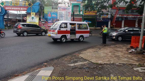 Polsek Pujon Polres Batu Poros Pagi Di Wilayah Rawan Kemacetan