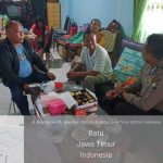 DDS Sambang Warga Bhabinkamtibms Desa Sidomulyo Polsek Batu Kota Polres Batu Menyampaikan Pesan Kamtibmasdan berikan pelayanan prima kepada masyarakat