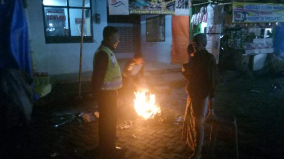 Polsek Pujon Polres Batu Tingkatkan Patroli Malam Ciptakan Rasa Aman