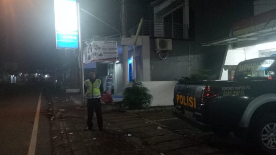 Polsek Junrejo Polres Batu Tingkatkan Patroli Malam Ciptakan Rasa Aman