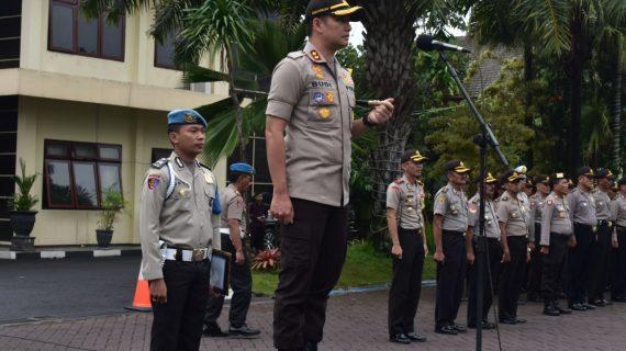 Kapolres Batu AKBP Budi Hermanto, S.I.K, M.Si Pimpin Apel Lengkap
