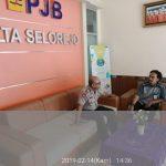 Giat Sambang Bhabinkamtibmas Kelurahan Songgokerto Polsek Batu Kota Polres Batu Membngun Partisipasi Terhadap Kamtibmasdan berikan pelayanan prima kepada masyarakat