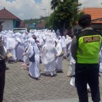 Polsek Kasembon Memberikan Pengamanan Kepada Giat Rutinan Majelis Ta`lim Minggu Kliwon