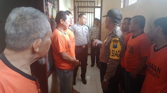SPKT dan Provost Polres Batu, Tingkatkan Kontrol Tahanan