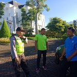Sinergitas Sambang Karyawan Tukang Parkir Taman Rekreasi Selecta, Bhabinkamtibmas bersama Babinsa Desa Tulungrejo Kec. Bumiaji