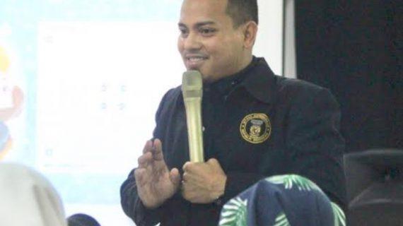 Mendagri Tito Karnavian jadi imam Sholat Jum'at , mengispirasi saya untuk menjadi Pemimpin seperti beliau.