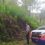 Sat Sabhara Polres Batu Patroli rutin di areal rawan bencana alam.