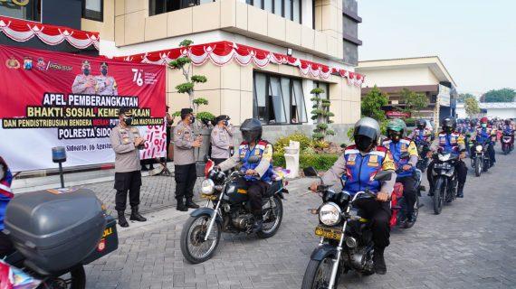 Gelorakan Kemerdekaan Republik Indonesia, Kapolresta Sidoarjo Bagikan 5.000 Bendera Merah Putih dan Baksos